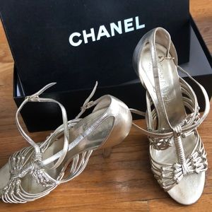 Chanel gold strap sandals. Size: 35.5. Heel: 4inch